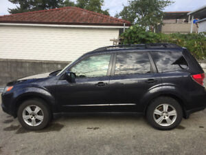 ——-Lovely 2010 Subaru Forester SUV——-