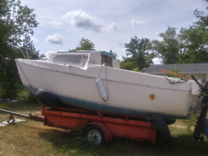 Various Used Project Sailboats 20' to 27'
