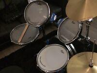 Traps A400 drum kit.