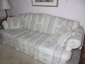 Queen sofa bed and matching couch Cornwall Ontario image 2