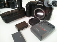 Canon 5D Body (Mark I) with Battery Grip + Primes