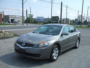 2007 Nissan Altima S 2.5L Premium - Extremely Clean