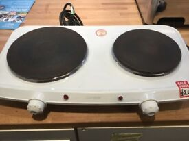Twin hot plate hobs