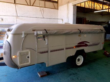 coromal camper