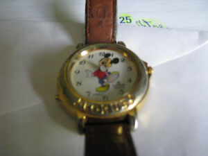 MICKY MOUSE LORU WATCH
