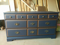 Tv Stand, storage Cabinet, solid wood frame and drawers,