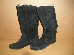 NEW!  Low Black Boots with Fringe, Size 7 London Ontario image 1