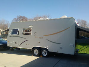 21ft Hybird Jayco Trailer