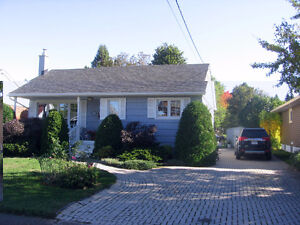 28 ANGELINA AVE...2 BEDRM  BUNGALOW
