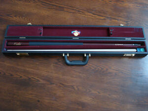 Earl Strickland Signature Pool Cue and Case Kingston Kingston Area image 1
