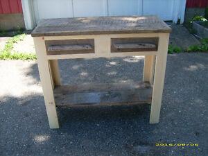 BARNBOARD SIDE TABLE