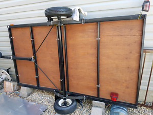 Small flat deck trailer - perfect condition