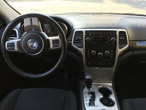 2011 Jeep Grand Cherokee Laredo 4X4 SUV Impeccable West Island Greater Montréal image 4