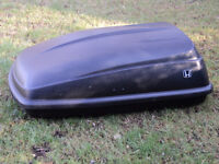 Thule roof top carrier with Honda logo