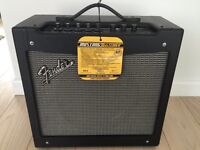 Fender Mustang 2 Guitar Amp with foot switch