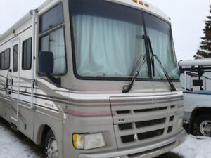 2000 Ford Pace Arrow 38' RV