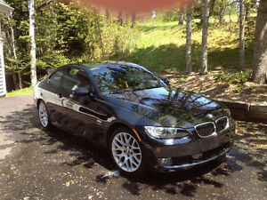 2009 BMW 328i Premium Coupe (2 door)