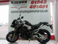 YAMAHA MT-10 SP WITH ELECTRONIC OHLINS SUSPENSION AND QUICK SHIFTER...