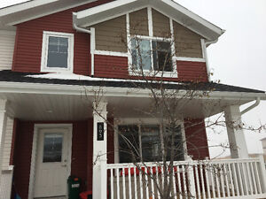 3 bedroom townhouse to sublet