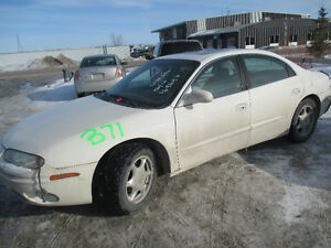 2002 olds. aurora for parts