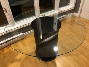 Round Glass-Top Pedestal Dining Table