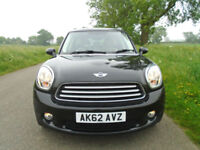 MINI COUNTRYMAN 1.6 COOPER (Chili) 5DR - LOW MILEAGE - ONE OWNER - HUGE SPEC