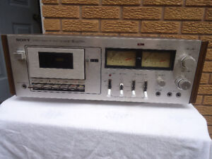 VINTAGE  SONY  STEREO CASSETTE  TAPE  RECORDER  TC-206D