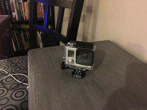 Gopro Hero 3 White + lexar 32gb micro sd Cambridge Kitchener Area image 2