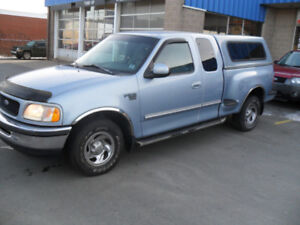 1998 FORD F 150 PICKUP FLAIRSIDE WITH CAP
