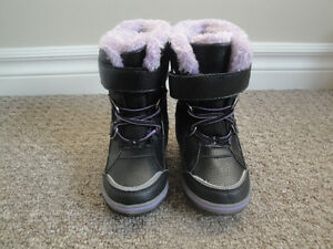 Girls 3M Thinsulate Winter Boots Size 8 Lightly Used