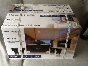 """new minotti led m-1000 projector 3D with 72 """" new screen"""