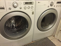 LG Frontal Washer/Dryer - Laveuse/Sécheuse Frontale LG