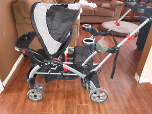 Poussette sit n stand stroller