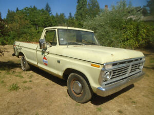 1975 Ford F100 pick up