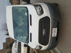 hi i m selling my 2015 ford transit van. its been taken care and