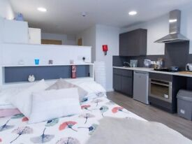RENTAL ROOM FOR STUDENTS IN BOURNEMOUTH WITH SMALL DOUBLE BED, PRIVATE ROOM, PRIVATE BATHROOM.
