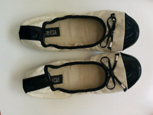 Stretchy flats size 8