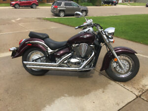 "PRICE DROP!!  09 ""Deep Purple"" 800 Suzuki"