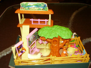 Online toys garage sale - all toys in great shape, no smoke home London Ontario image 7