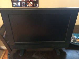 Used RCA 32 inch HD LCD TV with Remote in Great Condition
