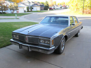 1983 Oldsmobile 98  Regency Brougham Sedan