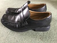 Clarks Black leather Shoes size 10 as new