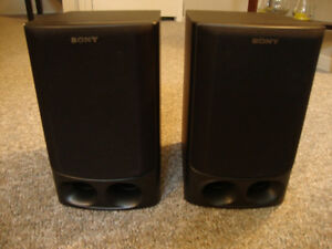 SONY Bookshelf Speaker - 3-Way System, 80W, 6Ohm
