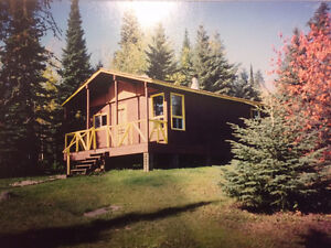 Four Outpost Cabins 28 Beds - 3 Lakes