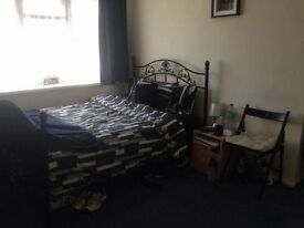 Big double room to let/rent- Canterbury