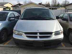 2000 dodge grand caravan with only 118000KM