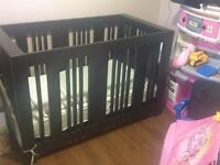 A.P. Industries Neo Convertible Crib