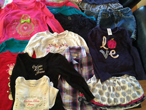 Large lot of girls clothing size 4 Windsor Region Ontario image 4
