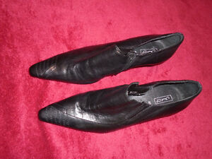 Never wear - new black leather  shoes , made in Germany. London Ontario image 2