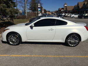 2011 Infiniti G37x XS Coupe (2 door)